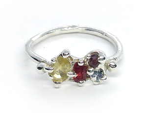 Viosna Silver Ring with Sapphires and Ruby (Size M)